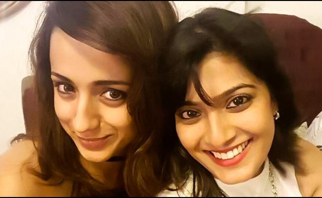 Varalaxmi Sarathkumar And Trisha has Travelled to Birmingham - Sakshi