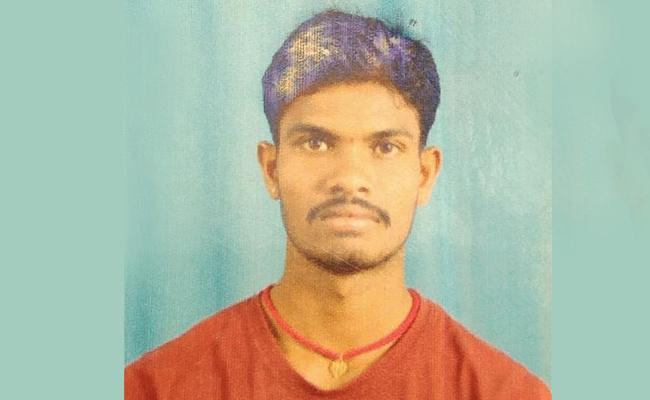 Man Comitted Suicide In Nizamabad - Sakshi