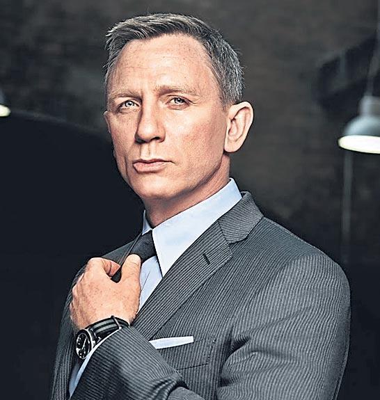 Bond 25 First Footage With Daniel Craig, Cary Fukunaga - Sakshi