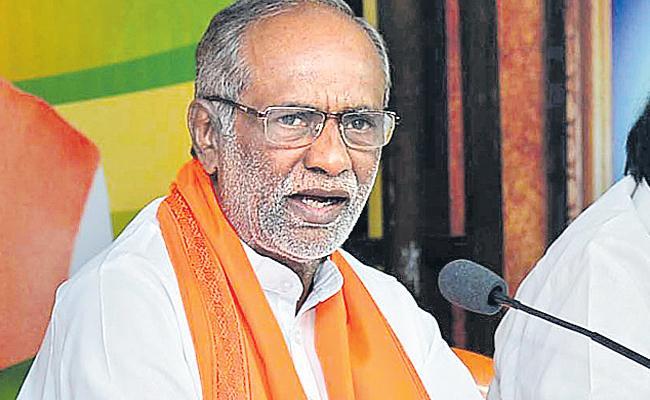 BJP President Says Two States CMs Works Good - Sakshi