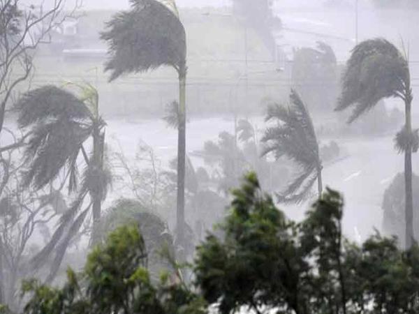 Rains for three days in coastal region - Sakshi