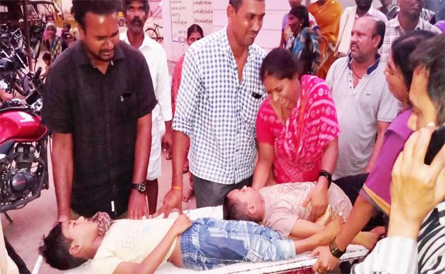 Two Children Died Well While Swimming Kurnool - Sakshi