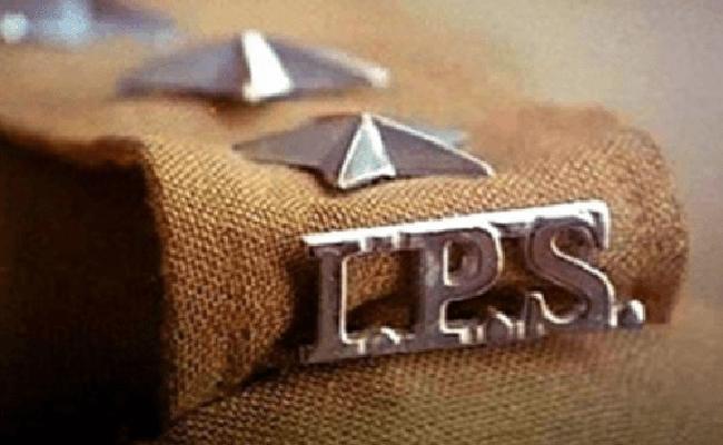 IPS Officers Transfers In Andhra Pradesh - Sakshi