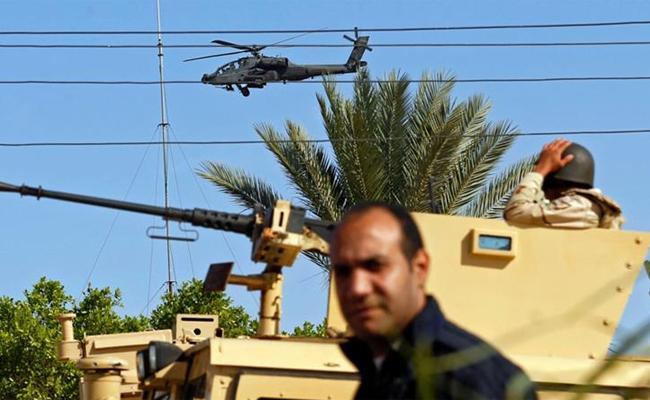 10 Egyptian soldiers killed in Sinai Peninsula attack - Sakshi