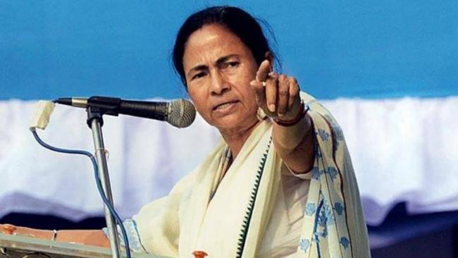Mamata Banerjee warns BJP Against Clashing In Bengal - Sakshi