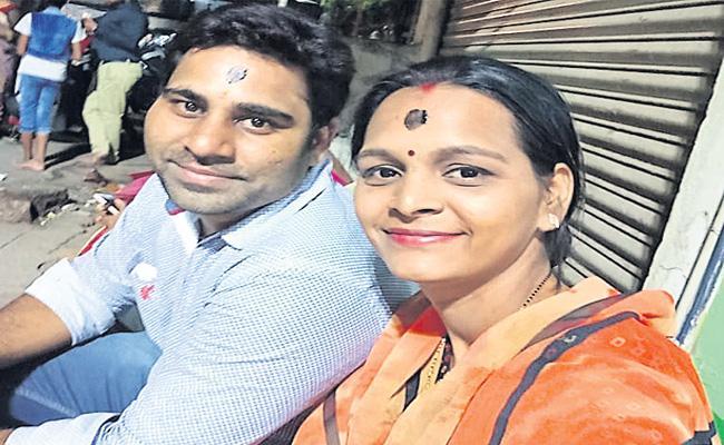 Love Marriage Couple Suicide In Rangareddy - Sakshi