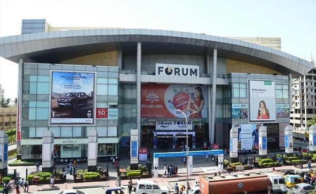 Tamil Nadu Allows Shops To Open Round The Clock - Sakshi