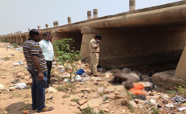 Men Dead Body Found in PSR Nellore - Sakshi