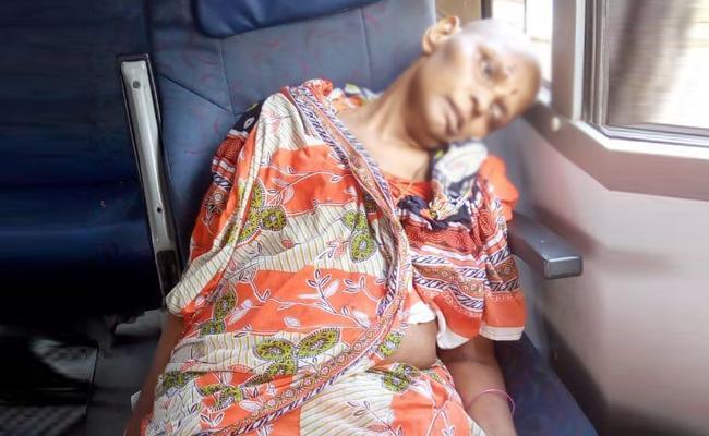 Women Died in Bus Accident Visakhapatnam - Sakshi