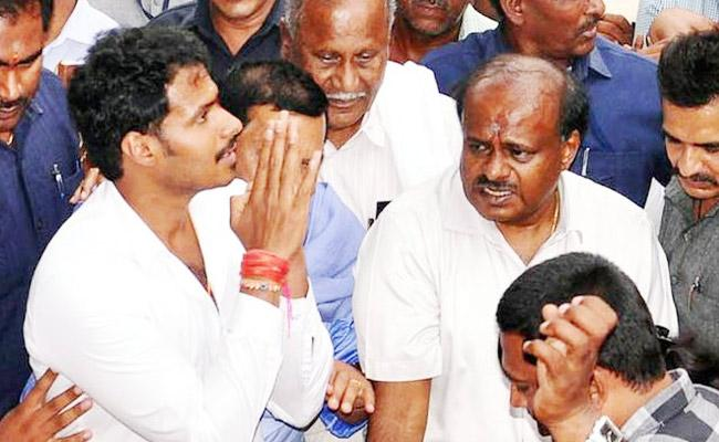 Nikhil Kumaraswamy Comments About Assembly Election - Sakshi
