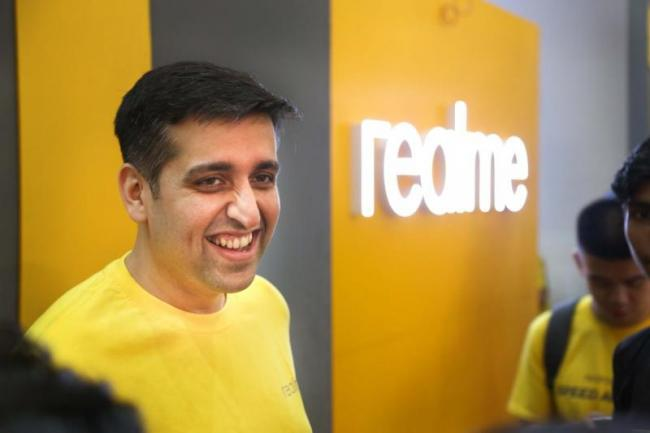 Realme to launch its first 5G handset in 2019  - Sakshi