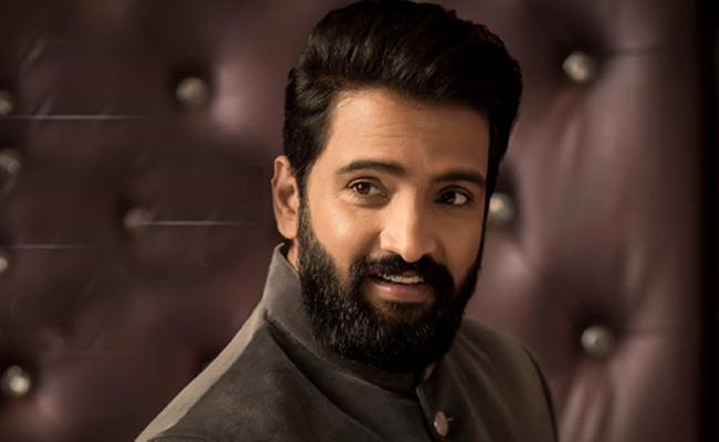 Santhanam Acts In Comedy And Action Movie - Sakshi