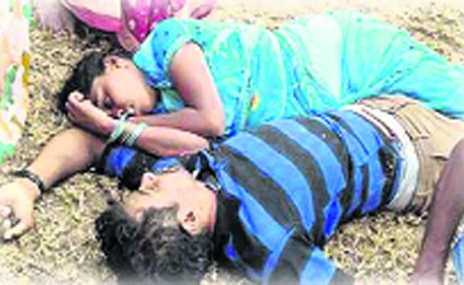 Lovers Suicide Due To Illicit Affair - Sakshi