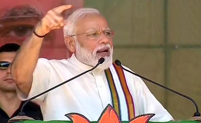 Kerala is as much mine as Varanasi, Says Modi in Guruvayur - Sakshi