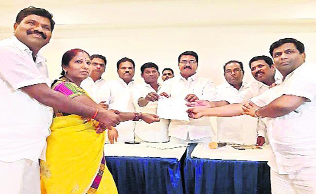 Telangana ZP Chairmans Selections Mahabubnagar - Sakshi