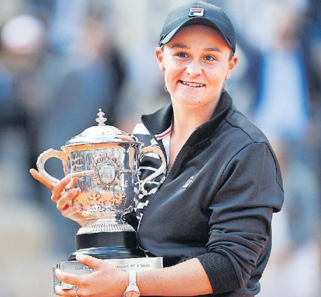 Ashleigh Barty beats Marketa Vondrousova to win title - Sakshi