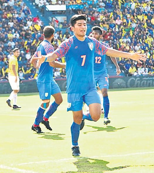 India Gets Third Placed in Football Tourney - Sakshi