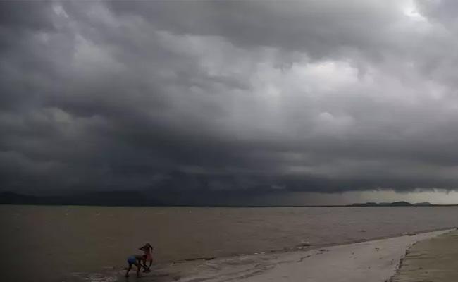 Southwest Monsoon Coming To Telugu States - Sakshi
