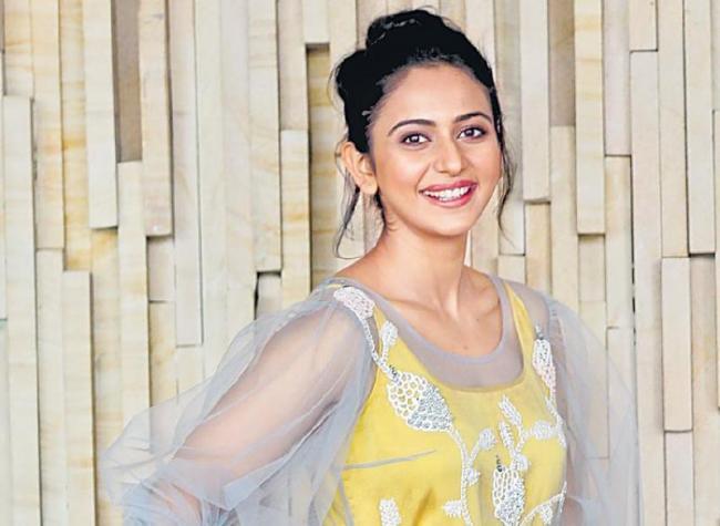 Rakul Preet Sing About Her Dream Husband - Sakshi