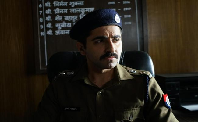 Ayushmann Khurrana Article 15 Screening Disabled In Kanpur By Brahmin Protesters - Sakshi