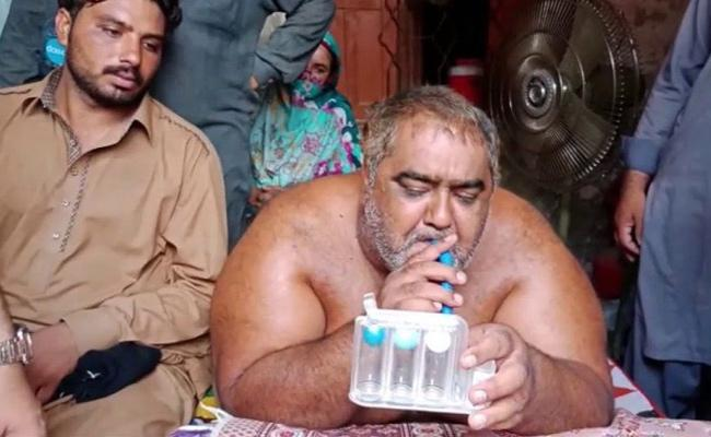 Pakistan heaviest man Noorul Hassan undergoes successful liposuction surgery  - Sakshi