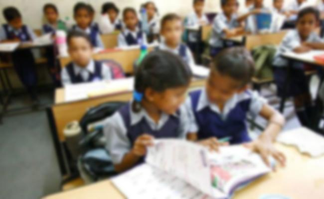 RTE Quota Till Class 8, Students in Jaipur Go Back to Streets - Sakshi