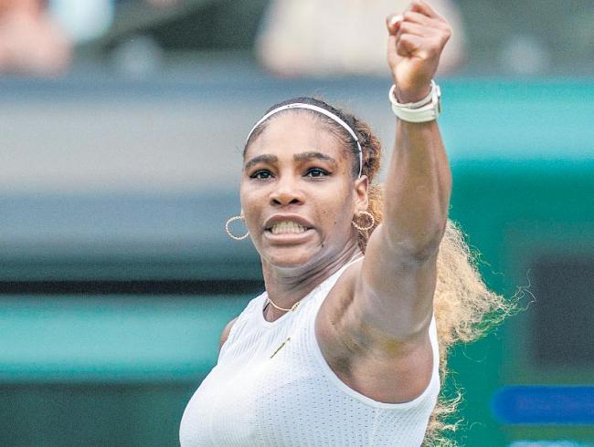Serena Williams rides return game to 12th semifinal berth at Wimbledon - Sakshi