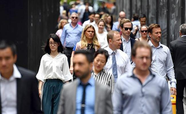 Chinese and Indian workers in UK earn more than white British counterparts - Sakshi
