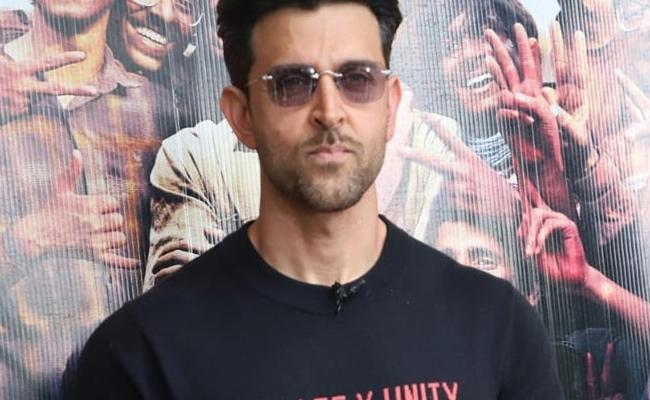 Telangana High Court Grants Relief To Hrithik Roshan - Sakshi