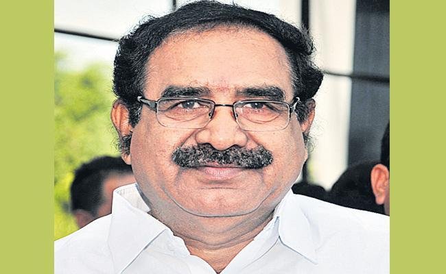 Korukanti Chander Resigned To TRS Party Saying That Party Isn't Giving Him Priority - Sakshi