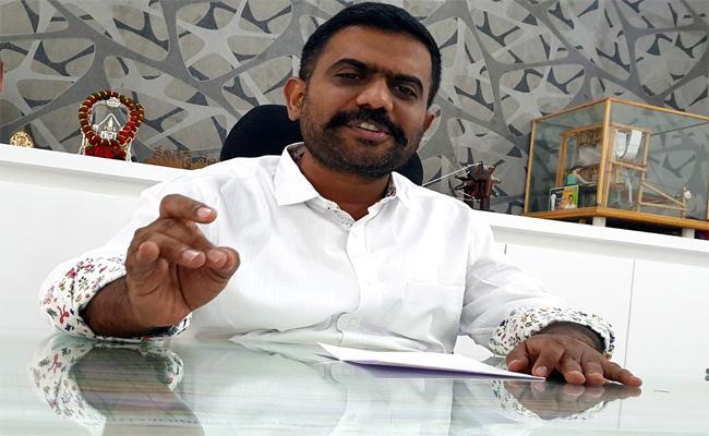 Ketireddy Venkatramireddy Criticised Chandrababu Naidu Cheap Politics - Sakshi