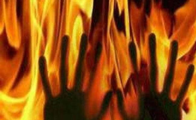 Jobless Man Set Himself On Fire At Narsapur - Sakshi