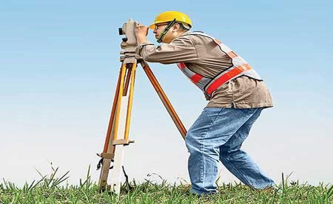 AP Government Conducting Re Survey In East Godavari - Sakshi