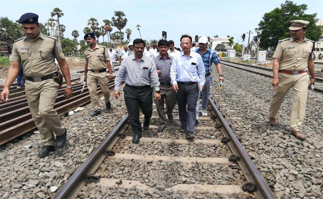 South Central Railway DRM P Srinivas Says,Trail Run Is Set To In Track By August Fifteen - Sakshi