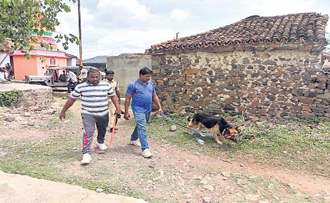 Husband Suspected Of Killing Wife & Son Is Taken To Custody In Medak District  - Sakshi