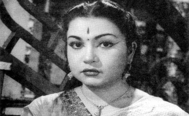 Actress Girija Daughter Saleema Interview - Sakshi