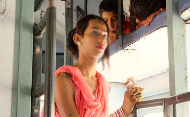 Hijras Attack on Yesvantpur Express Passengers - Sakshi