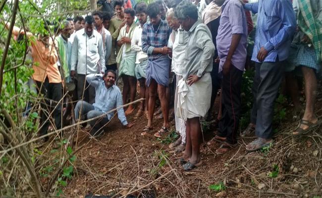 Sarpanch Brother Died In Mahabubnagar - Sakshi