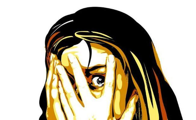 Woman Harassed By Old Man Penamalur  - Sakshi