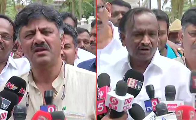 Karnataka crisis: Shivakumar assures Rebel MLA Nagaraj will stay - Sakshi