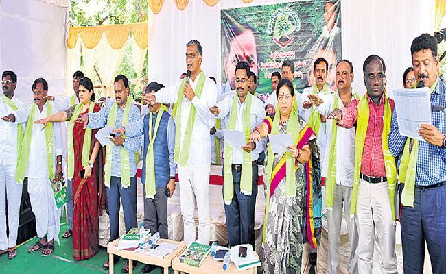 Harish-Rao Says, Dont Consider Haritha Haram Programme As Negligance - Sakshi