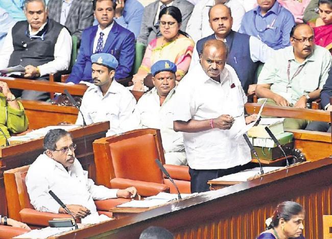CM Kumaraswamy says ready for floor test amid Karnataka political crices - Sakshi
