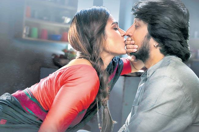 Kicha Sudeep Pahilwan Movie Grand Release - Sakshi