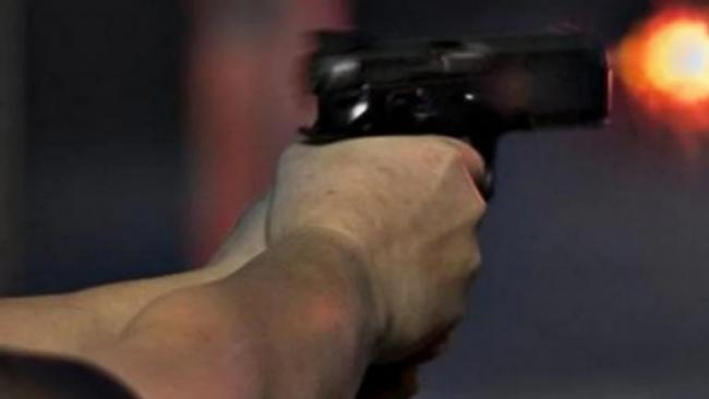 US Police Mistakes Toy Gun In Teenage Girl Hand Shoots Her Dead - Sakshi