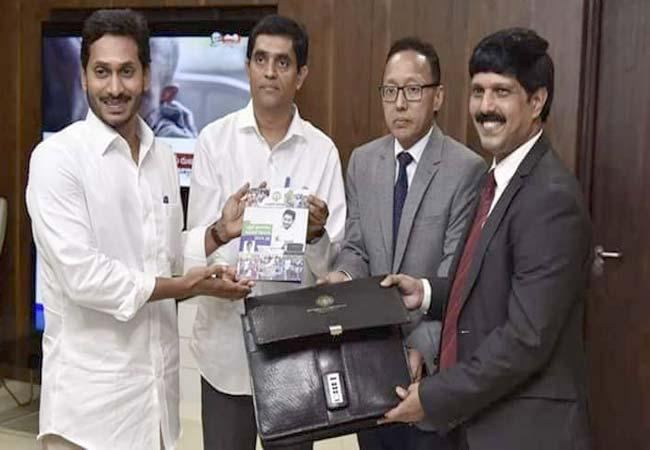 Editorial On YS Jagan Mohan Reddy Government Budget In Assembly - Sakshi