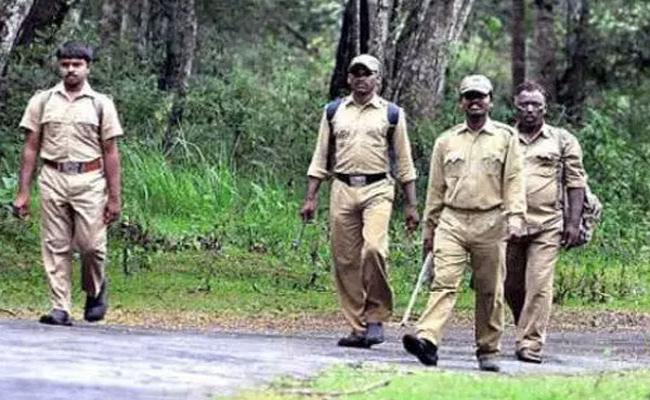 TS Forest Department Hopes That With The Appointment Of New Forest Beat Officers Problems Can Be Overcome - Sakshi