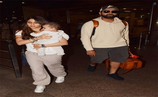 Cricketer Rohit Sharma has Returned to India with his Family - Sakshi