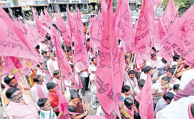 TRS Targets To Clean Sweep The Municipal Elections - Sakshi