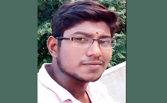 Young Man Suspicious death in Police Station Tamil Nadu - Sakshi