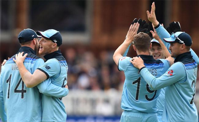 New Zealand Set Target of 242 Runs Against England In Summit Clash - Sakshi
